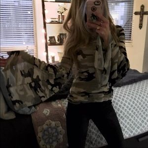 Sale🌪Extreme Bell Sleeved Camouflage Top